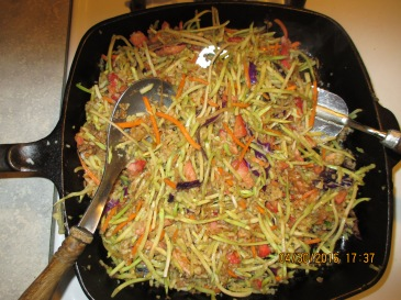 Broccoli Slaw as Bean Sprout Substitute with Fried Rice